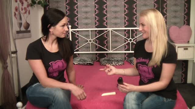 video: Veronika otestovala návlek na penis Adon