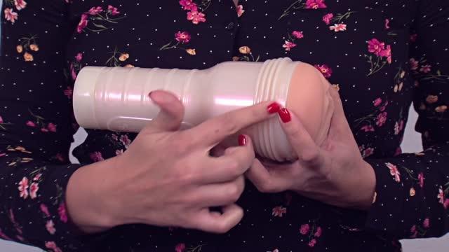 video: Karin a vagina Fleshlight Eva Lovia Sugar