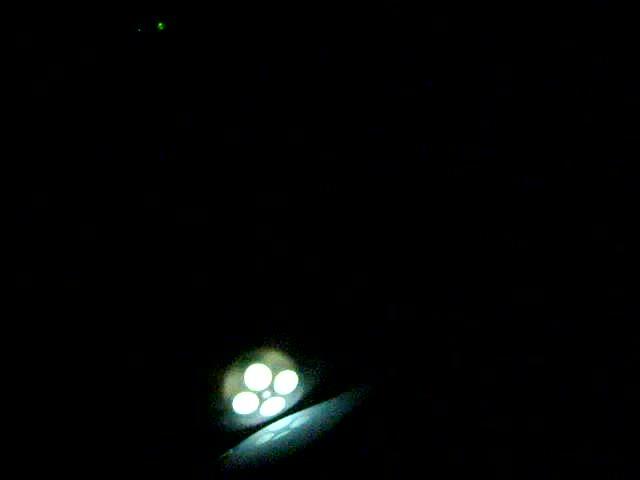 video: Nabíjení vibrátoru LELO Mona ve tmě