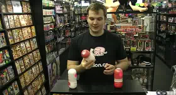video: Adam v prodejně a Tenga Air Cushion