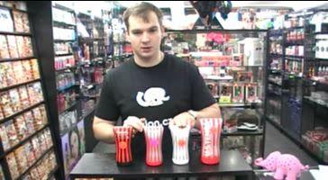 video: Adam v prodejně představuje Tenga Soft Tube